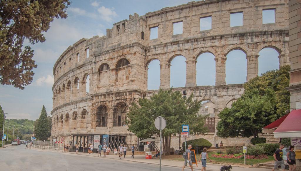 koloseum w Chorwacji Pula Istria top 10 atrakcji