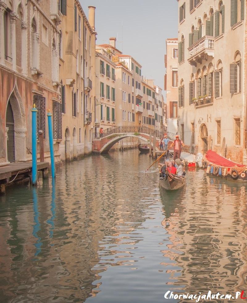gondolą w Wenecji