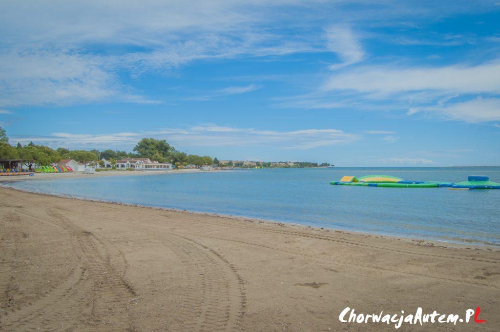 piaszczysta plaża Bijeca w Medulin Pula