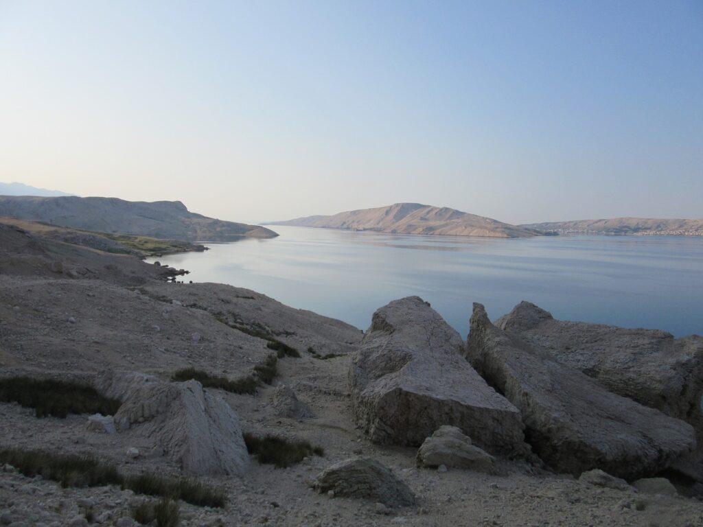 Chorwacja dzikie plaże, odludne, mało turystów